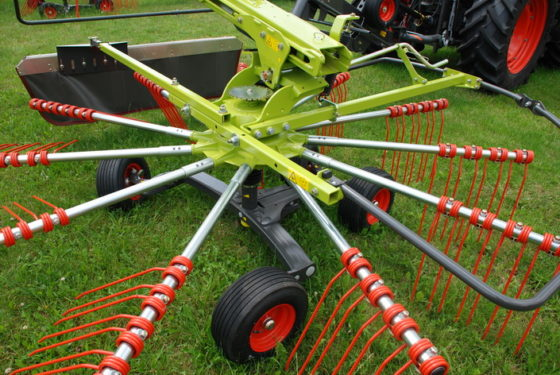 Claas LIner Twin resize 560x375